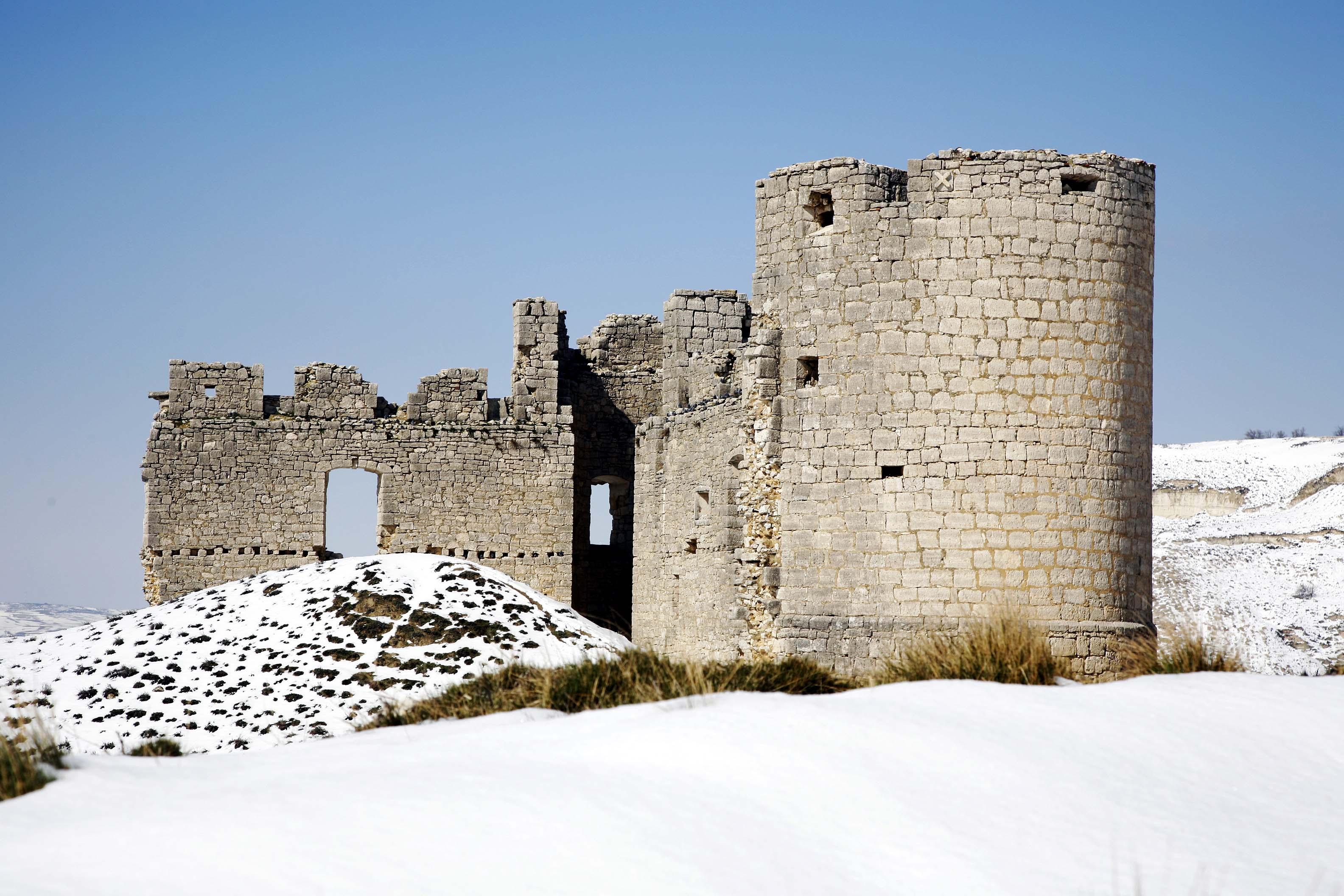Hornillos Nieve-Castillo