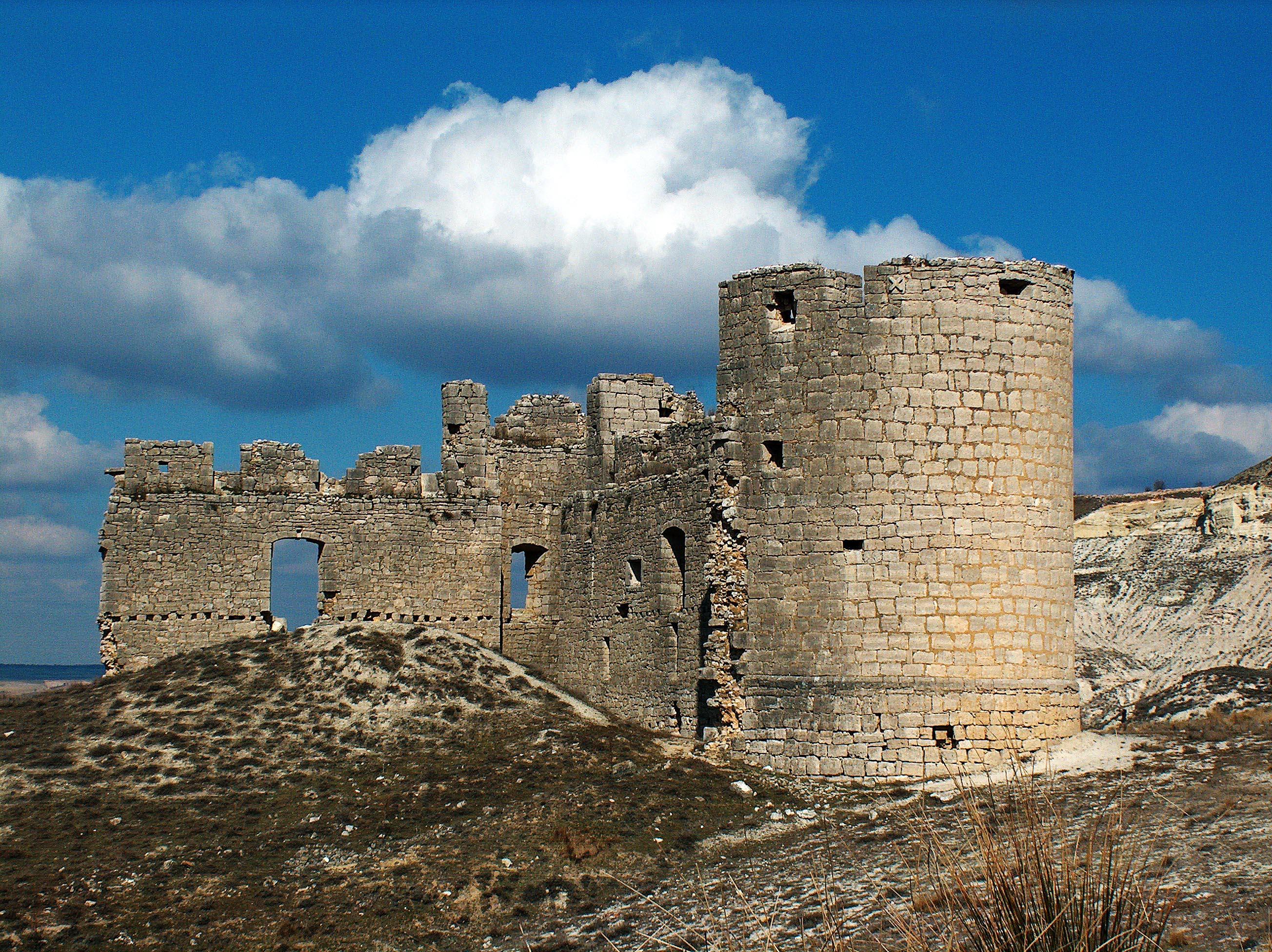 Hornillos-castillo 01